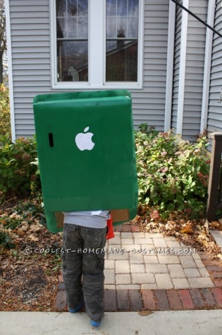 Great iPod Touch Homemade Halloween Costume for a Boy