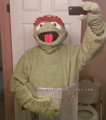 Coolest DIY Oscar the Grouch Costume - 4