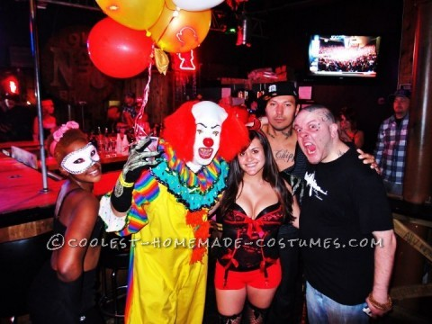 Scary Pennywise the Clown Costume