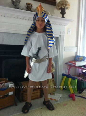Last-Minute Pharaoh Child Halloween Costume: We attend several Halloween activities every year and the kids always have about 3 costumes every year.  This was my son's Pharaoh costume for the ch