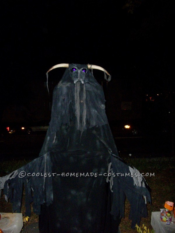 The Beast, Wraith, Soulsucker Costume on Stilts - 1