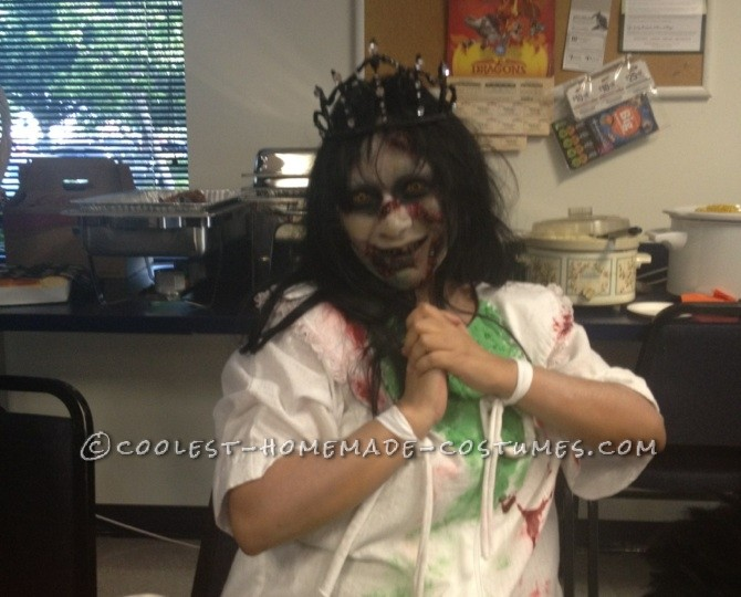 Creepy Homemade Regan Halloween Costume from The Exorcist - 4