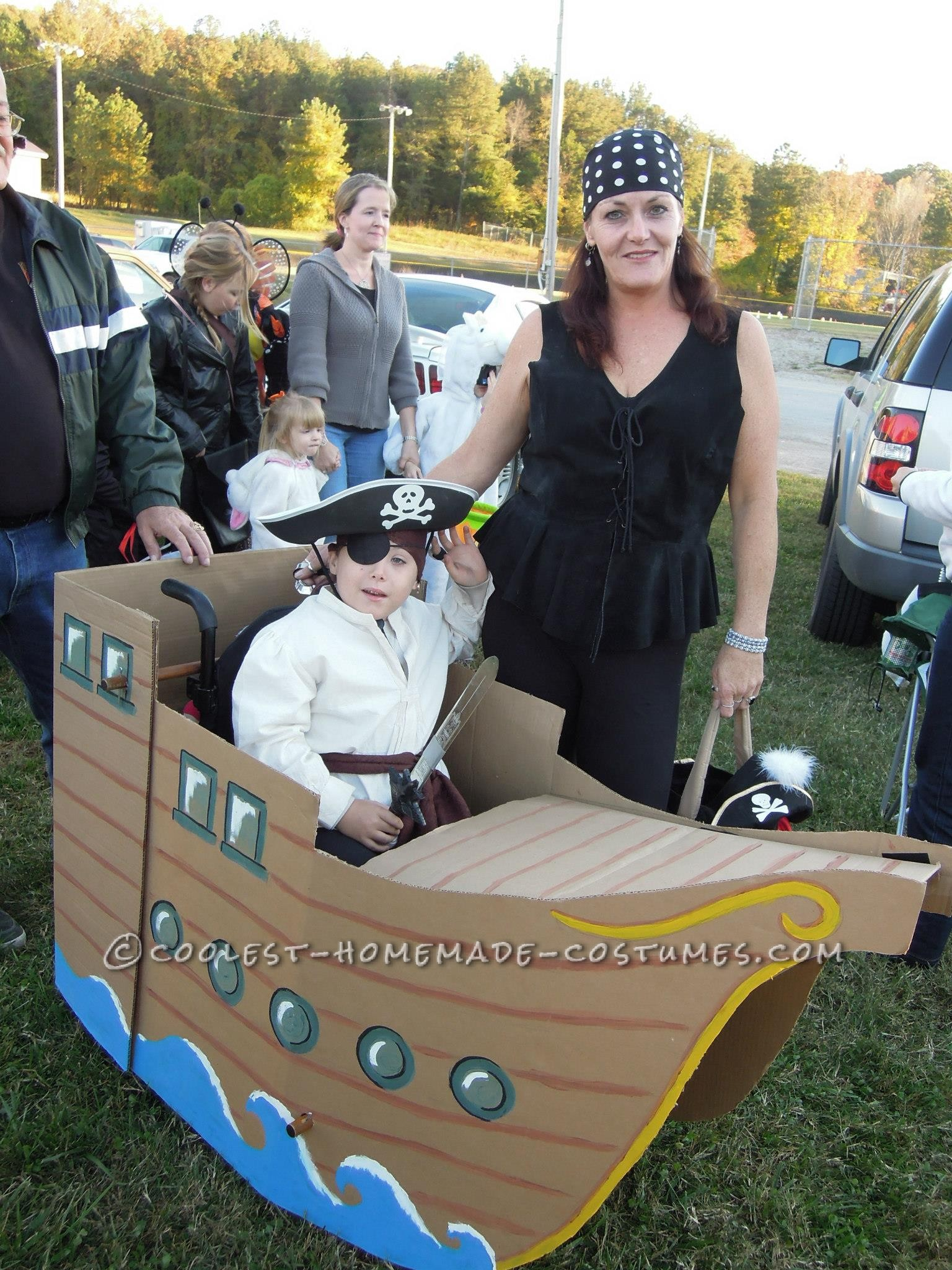 Another Halloween, another great wheelchair costume for now 6 year old William Joel! This year I simply acquired 3 large pieces of cardboard fr