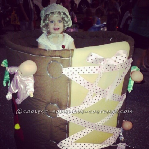 This costume was super fun to make! I wanted it to be on a stroller so it would be easy to get my little one around. I started with a str