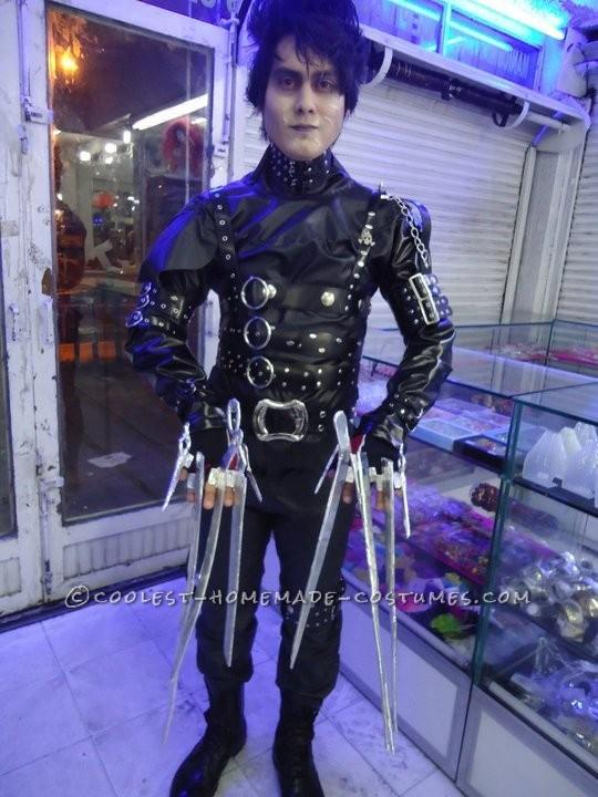 2010 costume