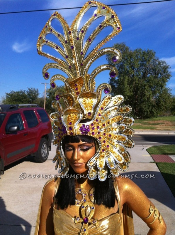 another shot of headpiece