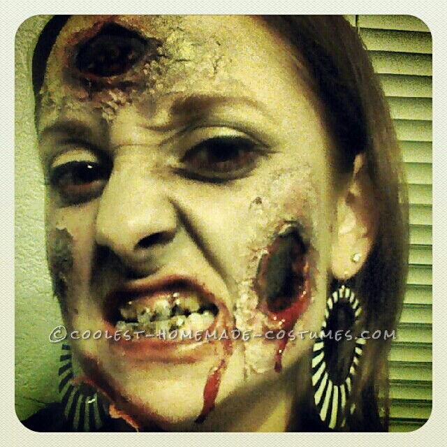 Close-up of the Zombie Make-up and teeth stain!