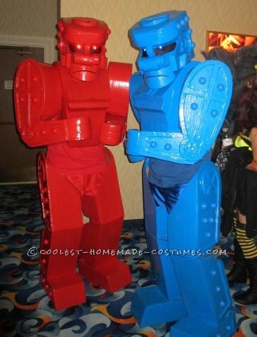 Awesome Rock 'Em Sock 'Em Robots Couple Costume