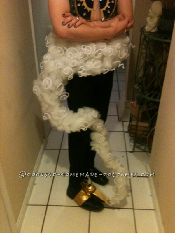 Cool Homemade Genie of the Lamp Costume