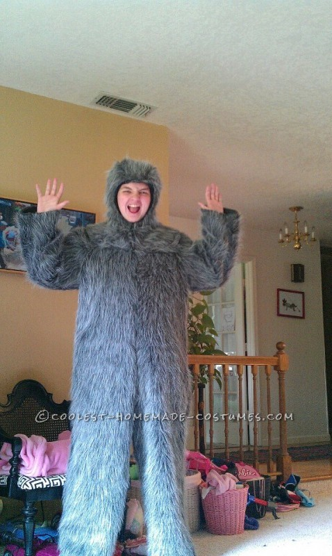 Awesome Homemade Sloth Costume