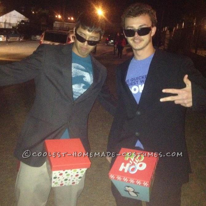 Hilarious SNL-Inspired Dick-in-a-Box Couple Costume