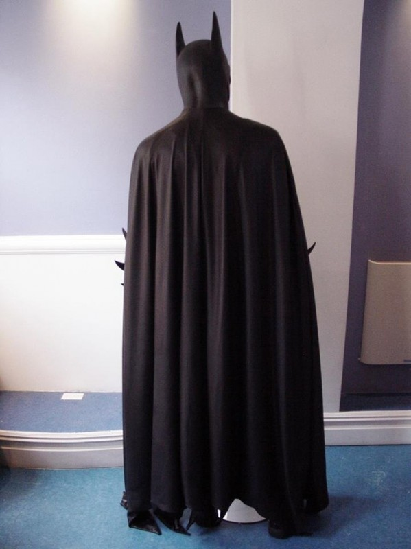 Costume Detail: Home-fabricated scalloped Bat-Cape.