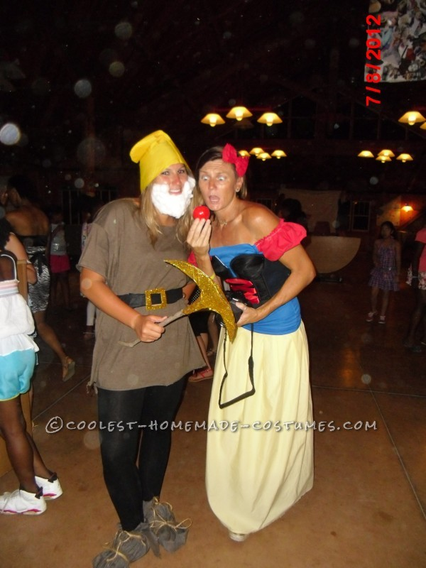 Snow White and the 7 Dwarfs Group Costume