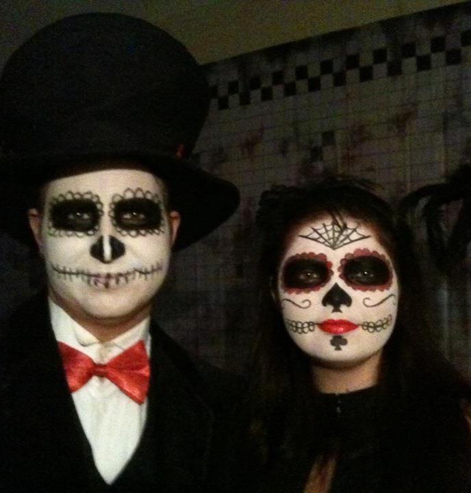 Sugar Skull Día de los Muertos Couples Costume