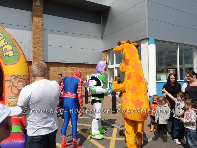 Meeting Geoffrey from Toys R Us