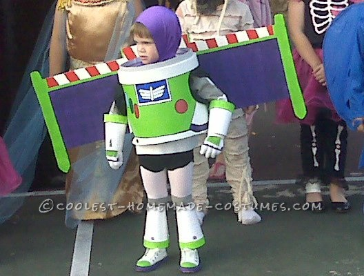 Great Homemade Buzz Lightyear Halloween Costume