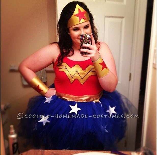 Homemade No Sew Wonder Woman Costume