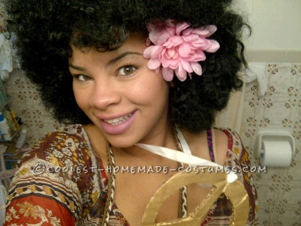 Cool Last-Minute Afro Hippie Costume - 3