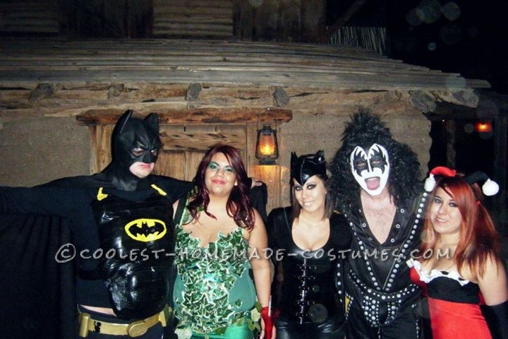 Coolest Homemade Batman, Poison Ivy and Little Robin Family Costume - 6