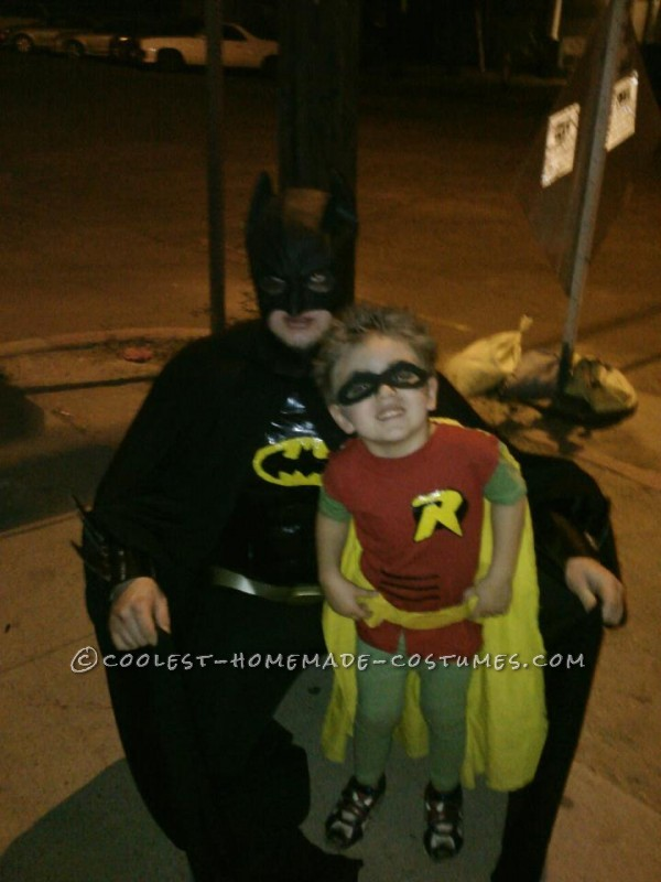 Coolest Homemade Batman, Poison Ivy and Little Robin Family Costume - 5