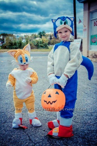 Cutest Sonic and Tails Homemade Costume
