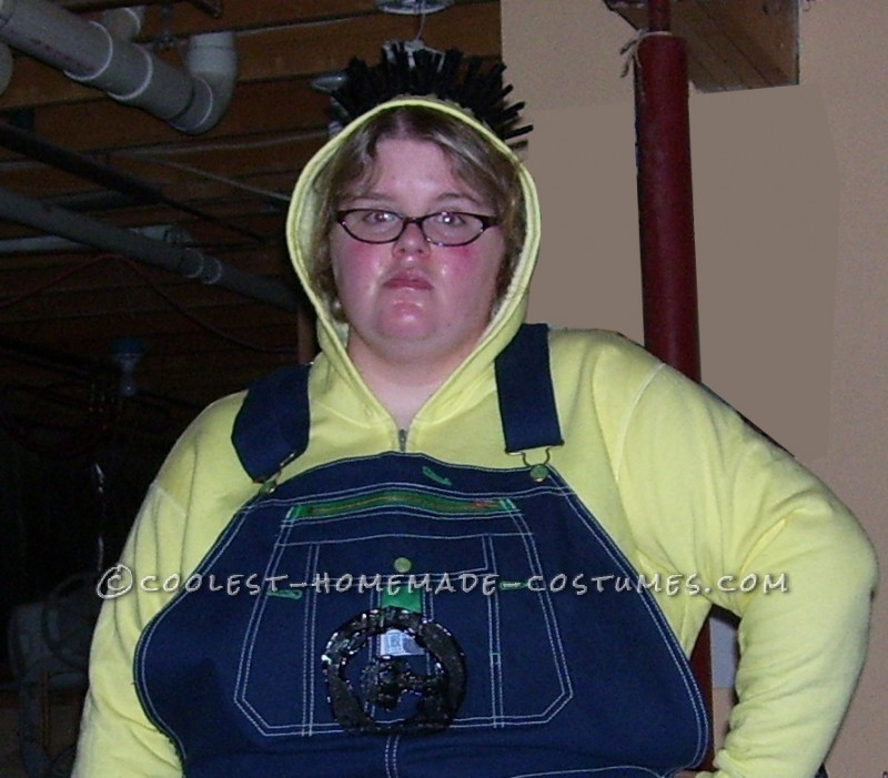Cool Despicable Me Minion Costume for a Woman