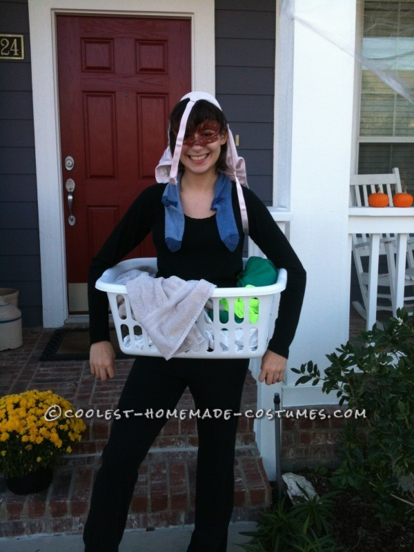 Last Minute Homemade Costume Idea: Dirty Laundry!
