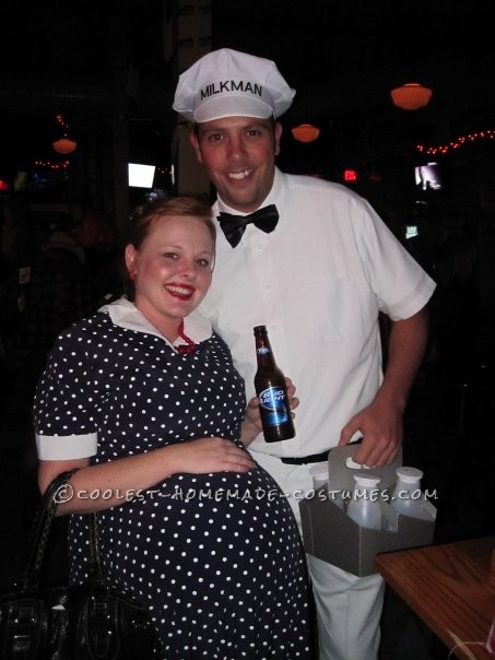 Easy Couple's Costume: The Milkman and Pregnant Housewife - 2