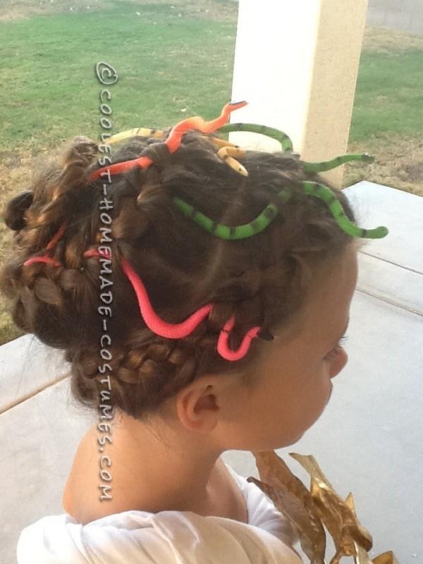Easy Medusa Costume for a Girl - 1