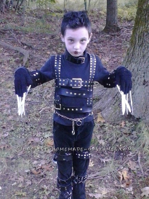 Cool Edward Scissorhands Homemade Costume Idea for a Boy - 1