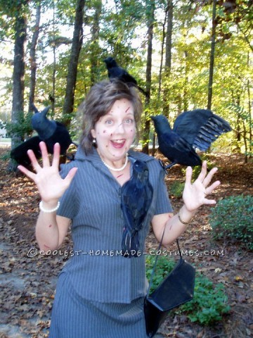 "Classic Homemade Costume Idea: Hitchcock's ""The Birds"""