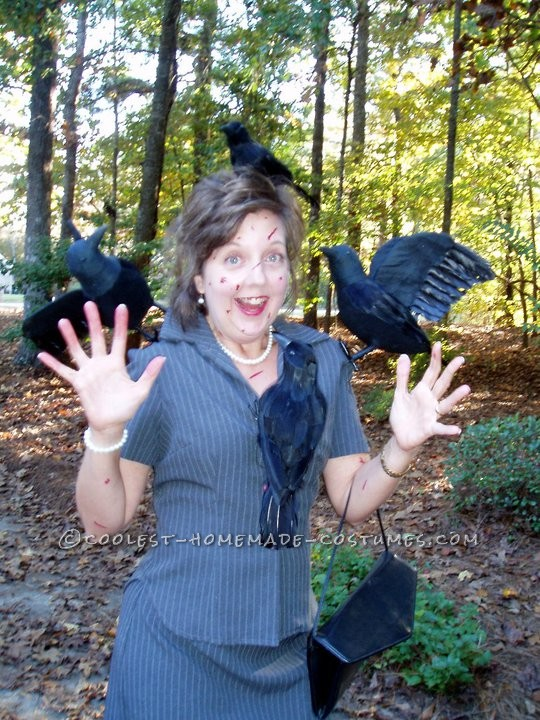 "Classic Homemade Costume Idea: Hitchcock's ""The Birds"""