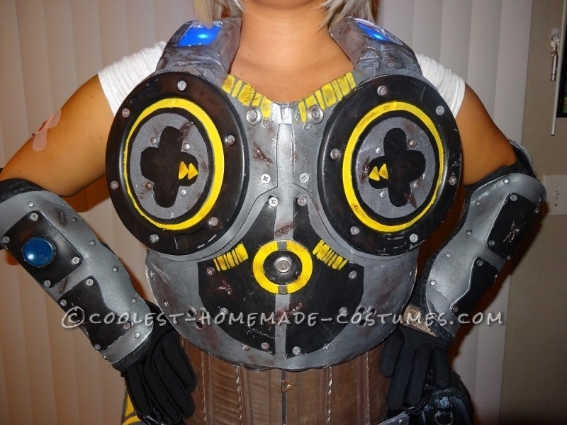 Anya Stroud Gears of War 3 Costume - Chest Piece