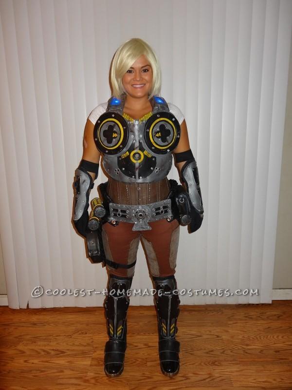 Homemade Anya Stroud, Gears of War 3 Cosplay
