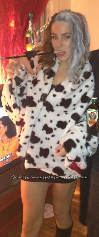 Homemade Cruella De Vil Costume - 2