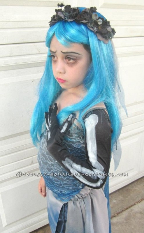 Homemade Corpse Bride Costume for a Girl - 2