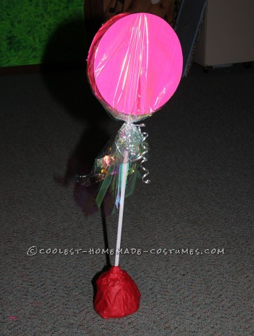 Lollipop Made from Posterboard and a Dowel