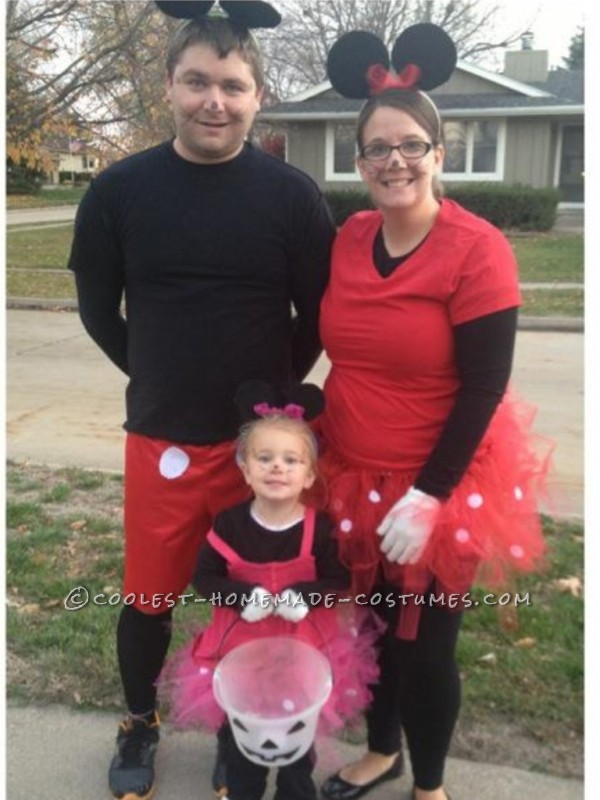 Homemade Family Minnie and Mickey Mouse Halloween Costume