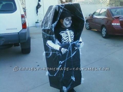 Prize-Winning Walking Skeleton in Coffin DIY Costume
