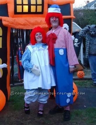 Fun Homemade Couple Costume Idea: Raggedy Ann and Andy