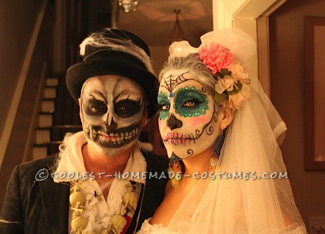 Awesome Homemade Dia De los Muertos Couple Costume