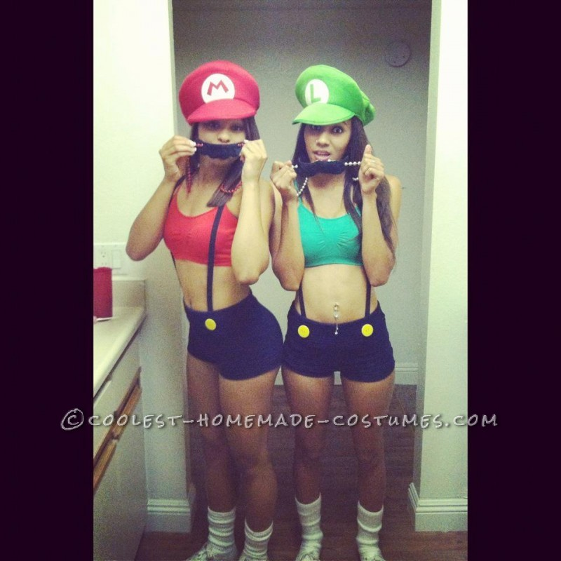 Sexy and Simple Mario and Luigi Couple Costume for Women - 1