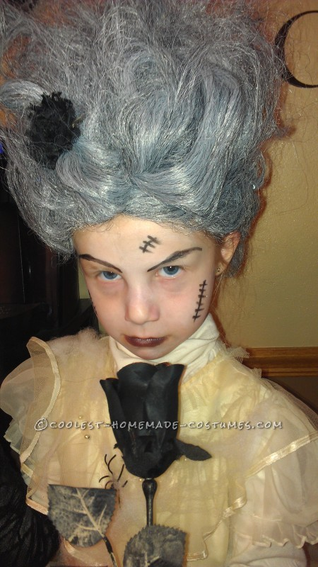 Last-Minute $5 Bride of Frankenstein Costume for a Girl