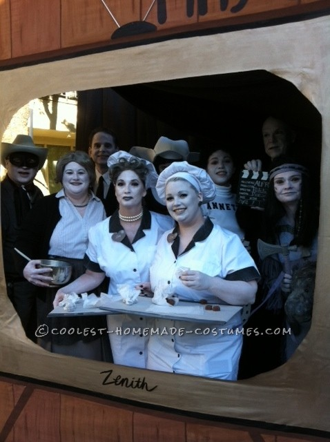 Cool Group Costume Idea: 50 Shades of Gray TV