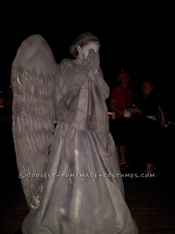 Cool Mom and Son Couple Costume: Tenth Doctor and Weeping Angel from Doctor Who