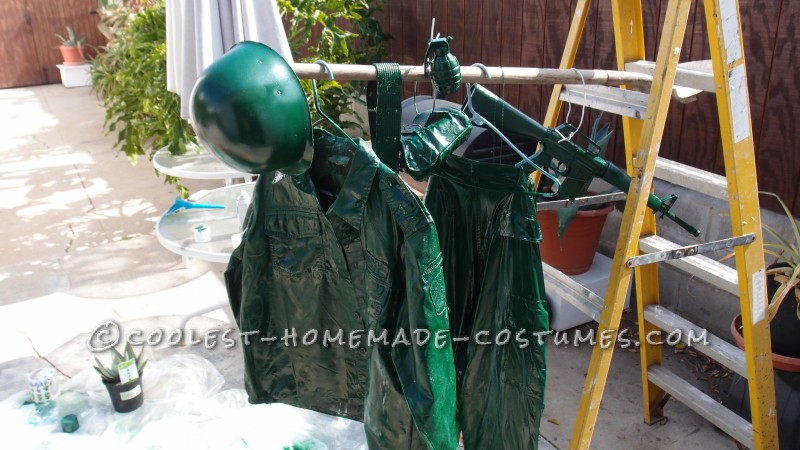 Coolest Homemade Plastic Toy Soldier Costume - 6