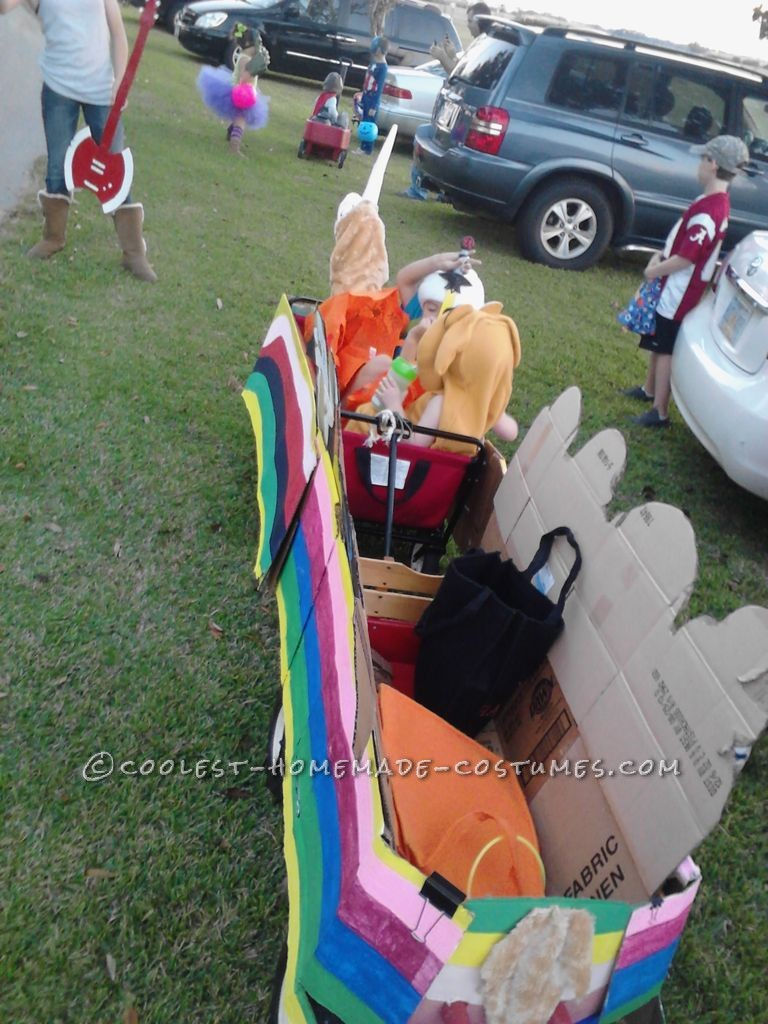 Lady Rainacorn homemade costume assemble and paint