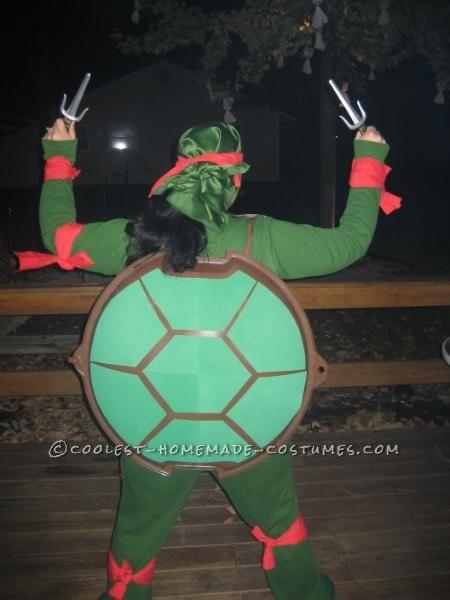 Original DIY Couple Costume: Ninja Turtle and Shredder - 2