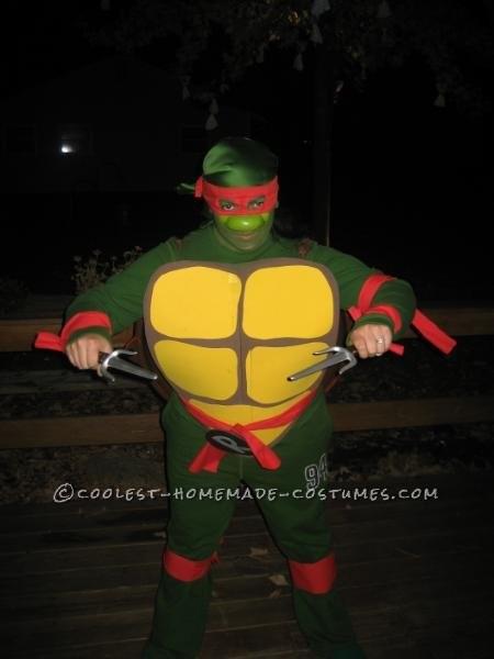 Original DIY Couple Costume: Ninja Turtle and Shredder - 3