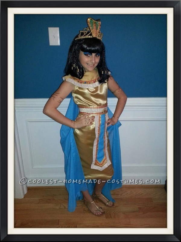 Homemade Cleopatra Queen of the Nile Costume for a Girl